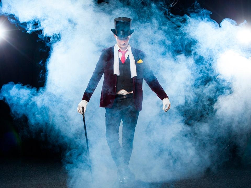 Precios de contratar magos en barcelona para fiestas y eventos a domicilio, cumpleaños, bodas, celebraciones, comuniones, fiestas familiares en TUMAGO.COM
