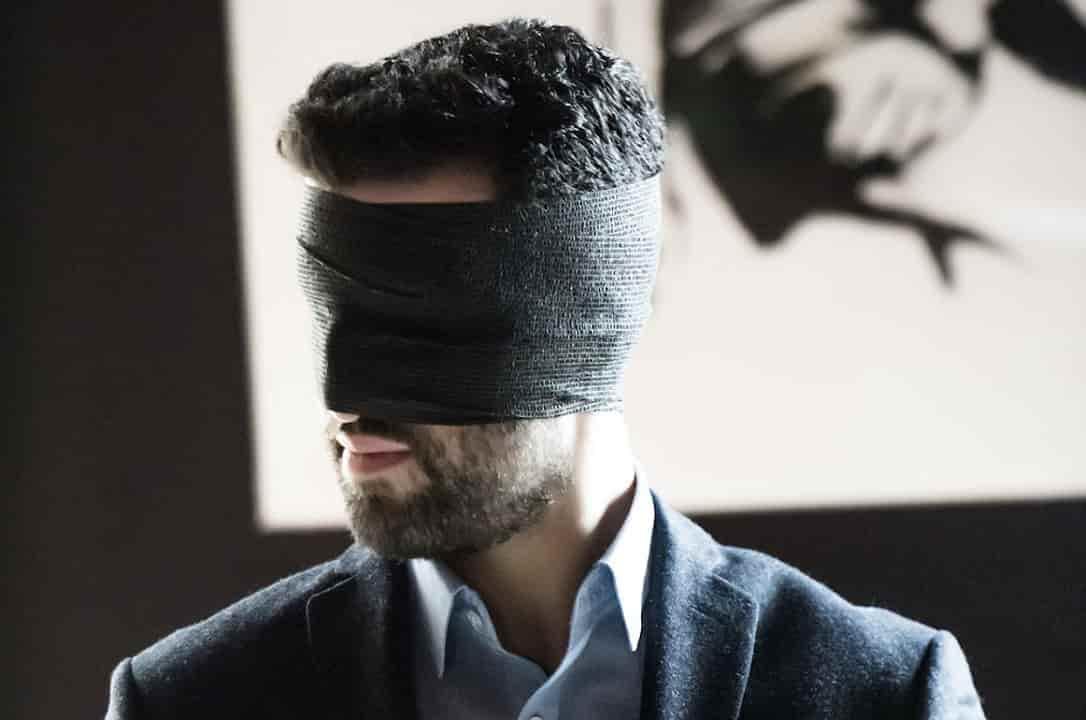 Mentalista para eventos de empresa y fiestas corporativas en Barcelona www.tumago.com
